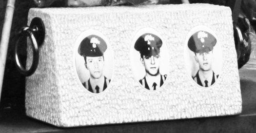 Il cippo a memoria dei carabinieri uccisi al Pilastro il 4 gennaio 1991 dalla banda della Uno bianca